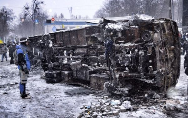 Україна відзначає День Соборності та Свободи з масовими протестами та вбивством мітингувальників