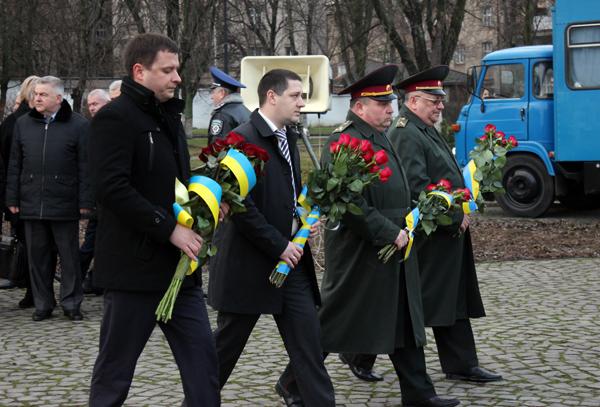 Очільник Закарпаття привітав краян із Днем Соборності України та річниці утворення Закарпатської області