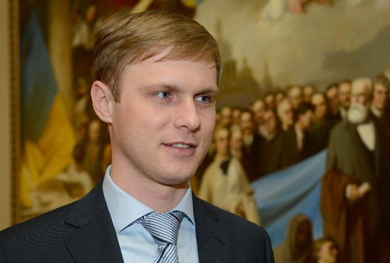 Опозиціонер Лунченко закликав закарпатських нардепів від регіонів вийти з фракції
