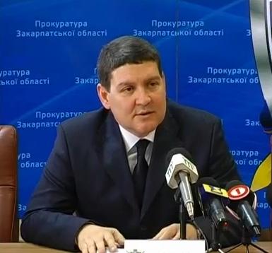 """Прокурор Закарпатської області закликав протестувальників """"не піддавайтеся на заклики екстремістів та провокаторів"""""""