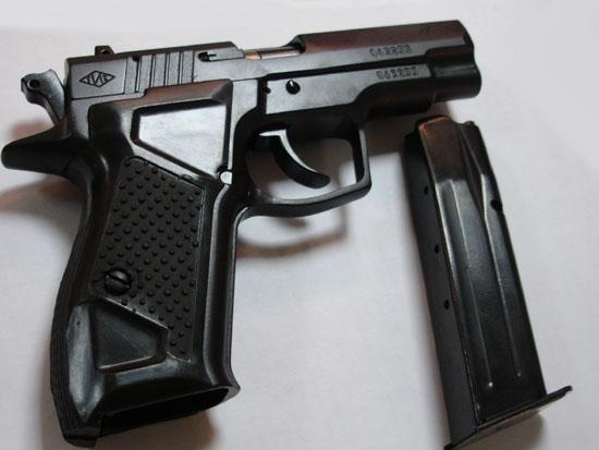 """У Мукачеві двома пострілами вбито власника кав'ярень """"Time"""""""