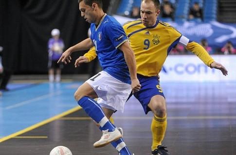 Українські футзалісти здобули мінімальну перемогу у першому матчі чемпіонату Європи
