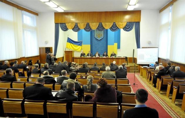 Депутат Міжгірської районної ради використав чергову сесію, щоб оголосити про створення Народної ради