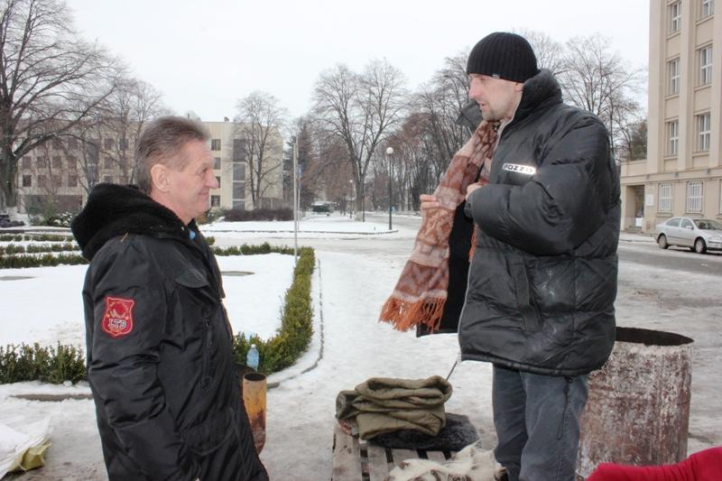 Олександр Ледида зустрівся з мітингувальником, який оголосив голодування