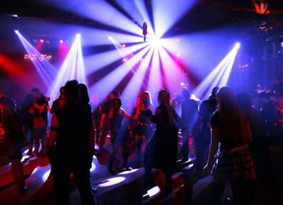 П'ятеро жителів Львова в одному із нічних клубів Ужгорода нахабно чіплялись до дівчат, через що опинились в міліції