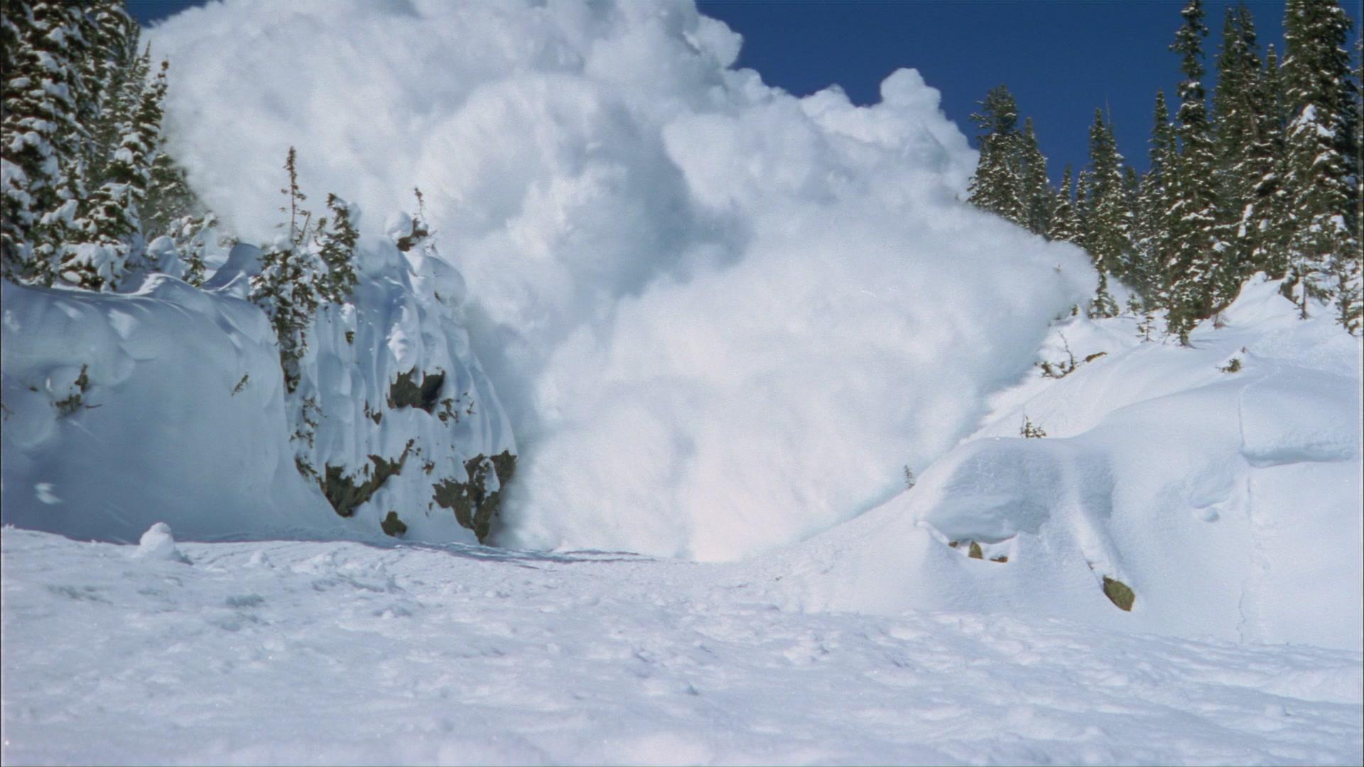 У Закарпатській області зберігається небезпека сходження лавин
