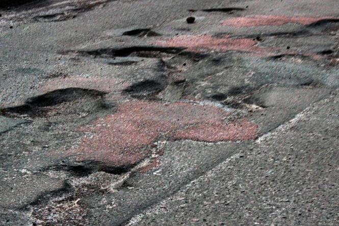 Депутат обласної ради вчергове звернувся автодору та ОДА щодо ремонту доріг на Великоберезнянщині