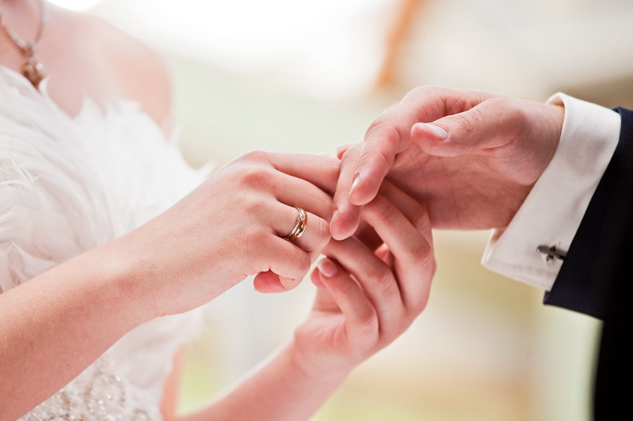 Наречені все ж домоглися, щоб у Іршаві реєстрація шлюбу не відбувалася біля… моргу