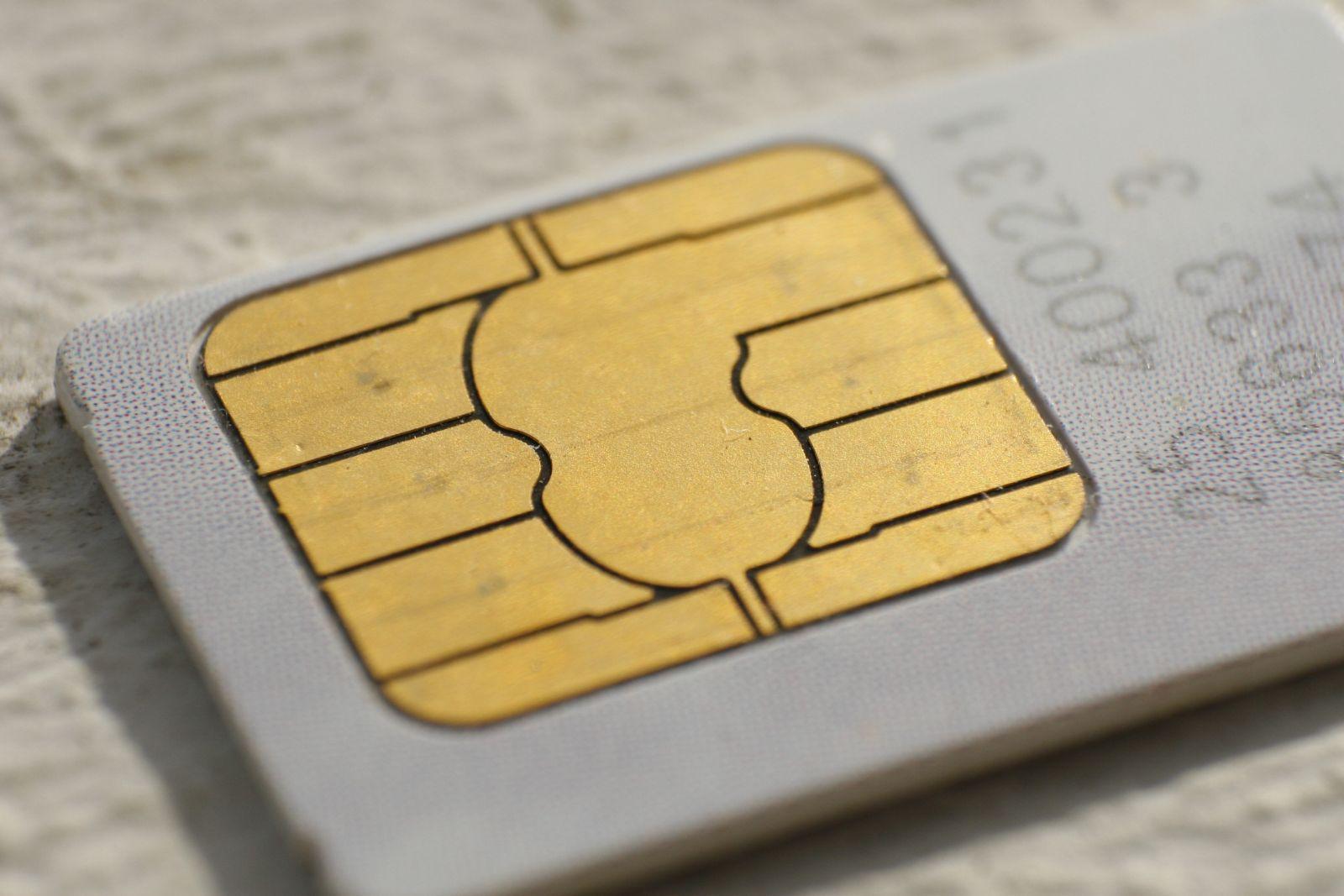 Наркотики у булочках вже передавали, тепер SIM-карту у цибулі – і все це незаконним шляхом для ув'язнених (ФОТО)