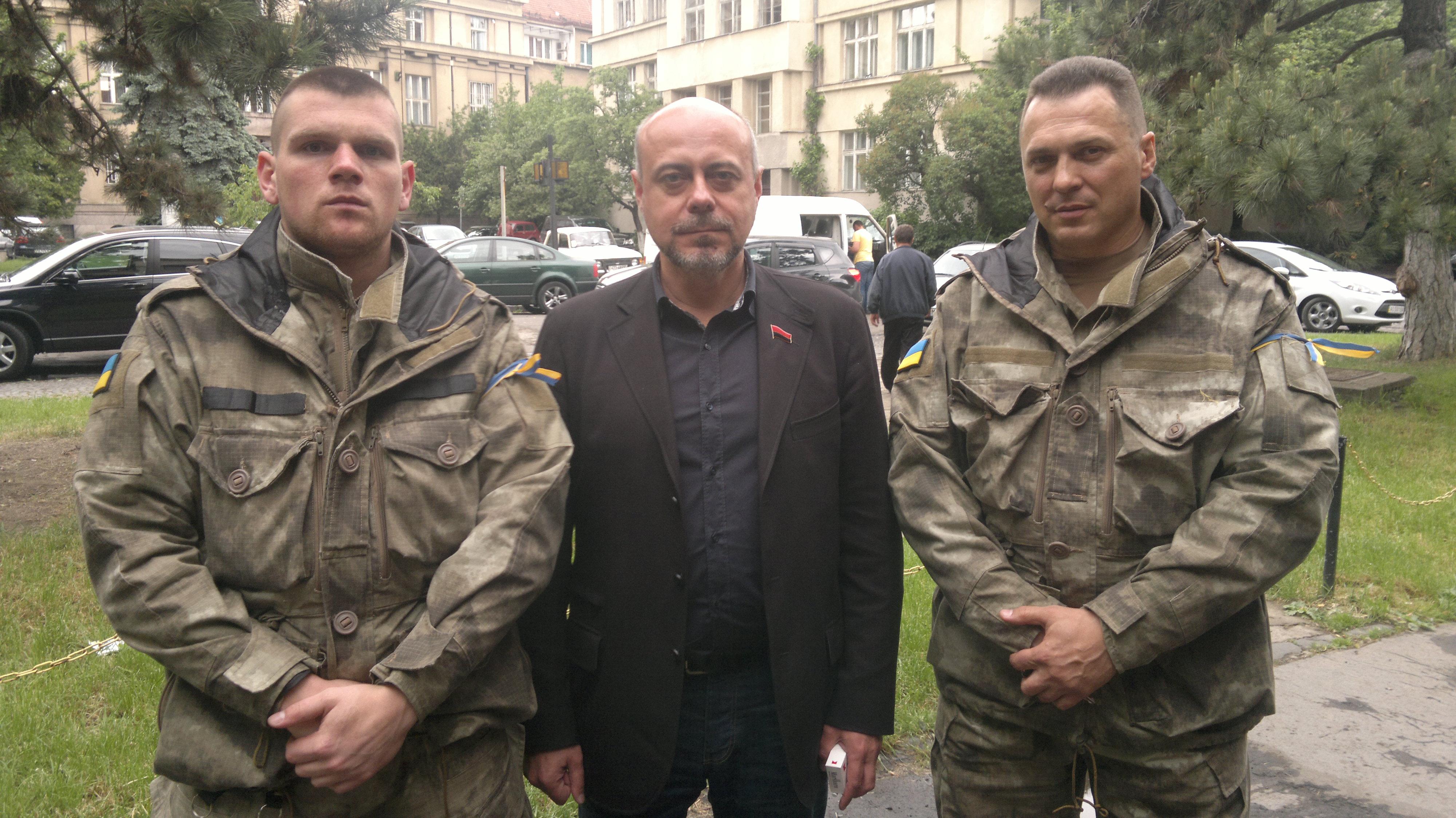 """Силовий блоку Майдану заявляє про провокацій закарпатського """"Правого сектору"""""""