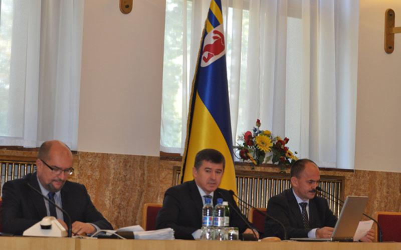 Брензович та Балога звільнились з посад