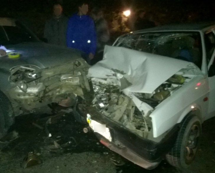 В результаті вчорашньої аварії у Виноградові постраждали троє людей