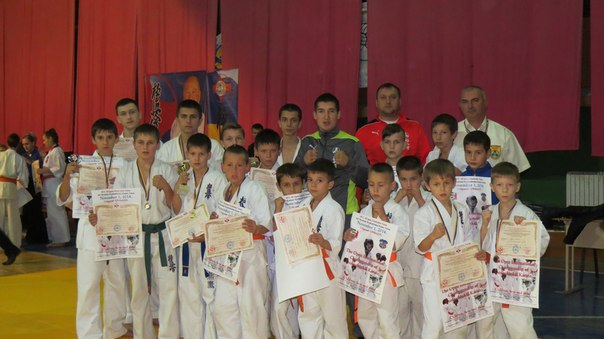 Мукачівські каратисти здобули десять нагород на міжнародному турнірі