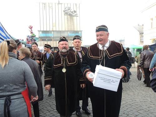 За два дні проведення Дня святого Мартина берегівчани зібрали 1317 грн на підтримку армії