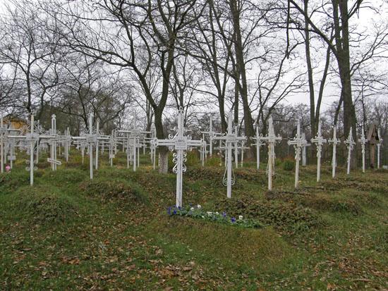 Ужгородці більше платитимуть за поховання (ФОТОФАКТ)