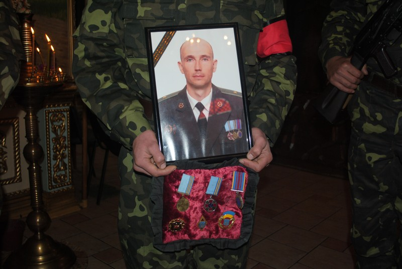 Олександр Бабич був людиною, яка об'єднувала всіх, - близькі про загиблого мукачівця