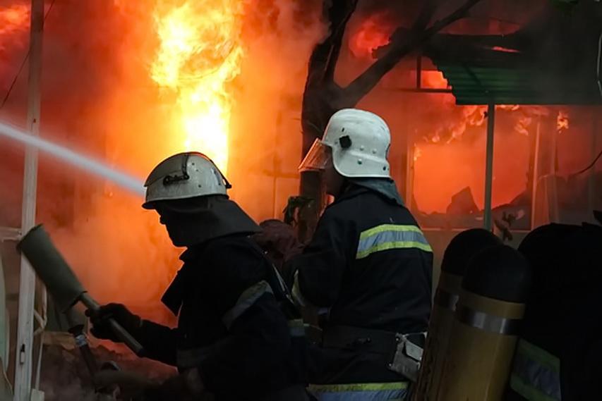 Вогонь в одному із помешкань Ключарок знищив оргтехніку та частину домашнього майна
