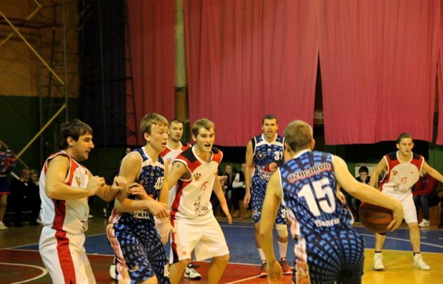 Ужгородські баскетболісти перемогли свого принципового суперника