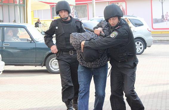 Працівники ДСО ловили підставного грабіжника