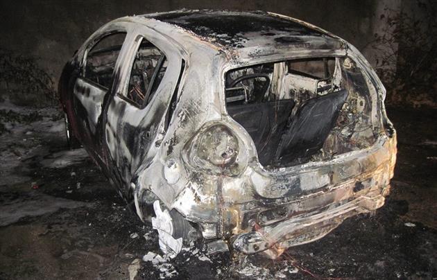 Правоохоронці розповіли про деталі двох нічних пожеж у Мукачеві (ФОТО)