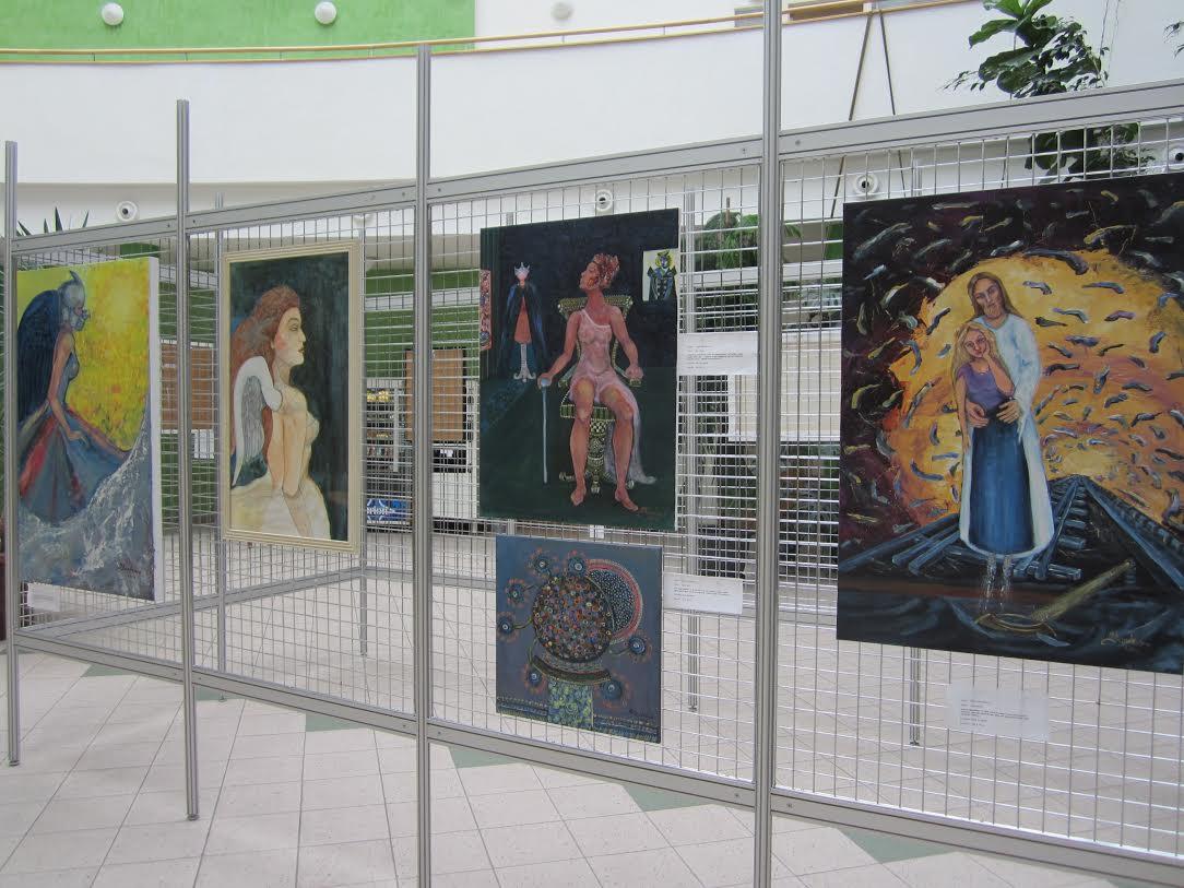 Картини мукачівки прикрашають мерію Праги