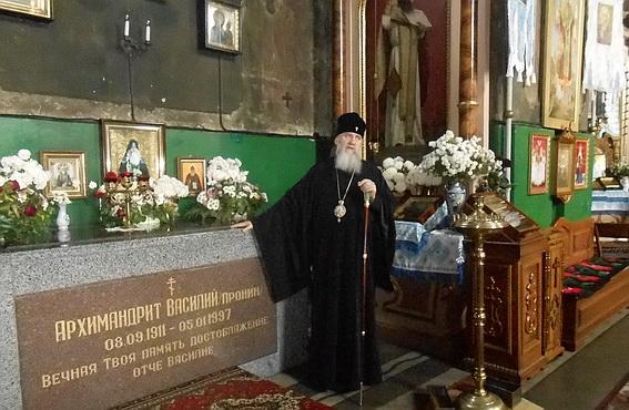 Мукачівські міліціонери відвідали головну православну святиню міста (ФОТО)