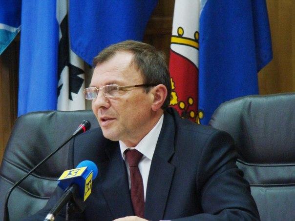 Віктор Погорєлов повертається у крісло голови Ужгородської міськради