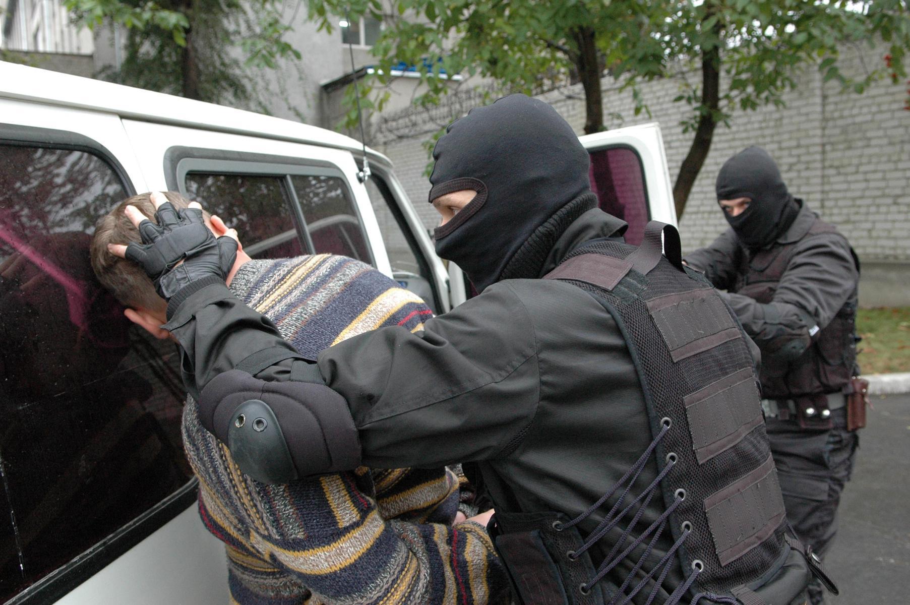 """СБУ затримала спецагентів з Росії, які хотіли створити на Закарпатті """"народну республіку"""""""