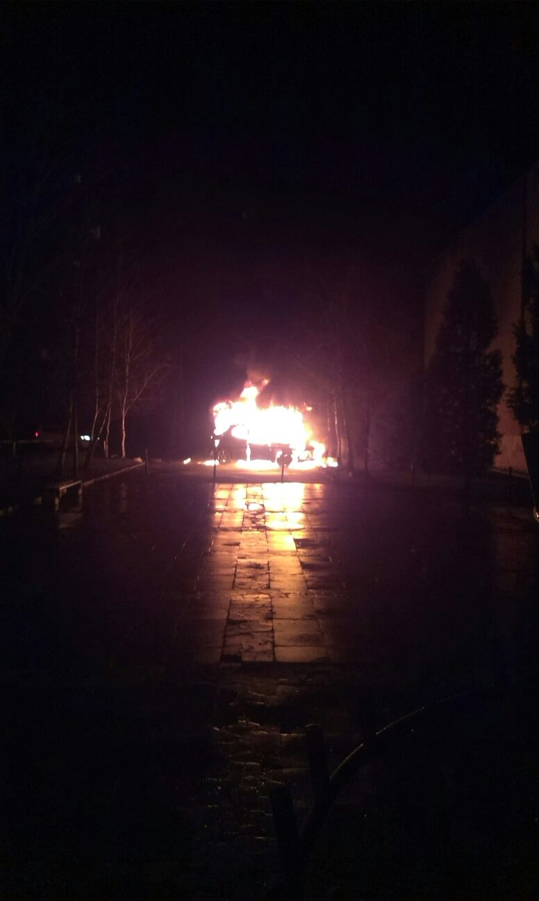 В Ужгороді згорів автомобіль заступника екс-губернатора області Івана Качура