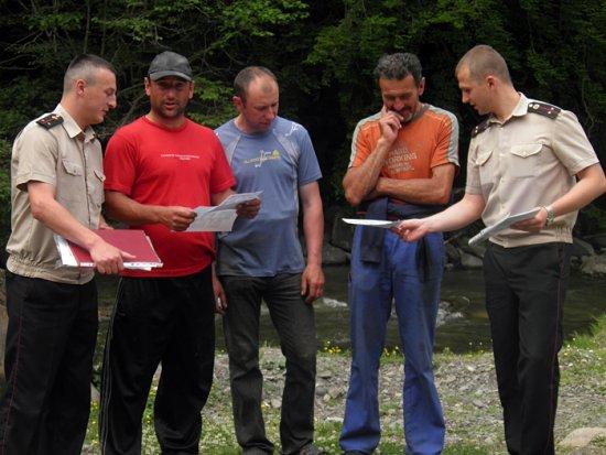 Рятувальники піднялися на Говерлу, аби навчити туристів поводитися в горах