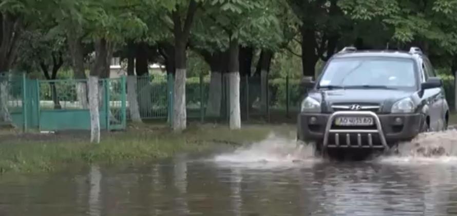Після злив Ужгород перетворюється у Венецію