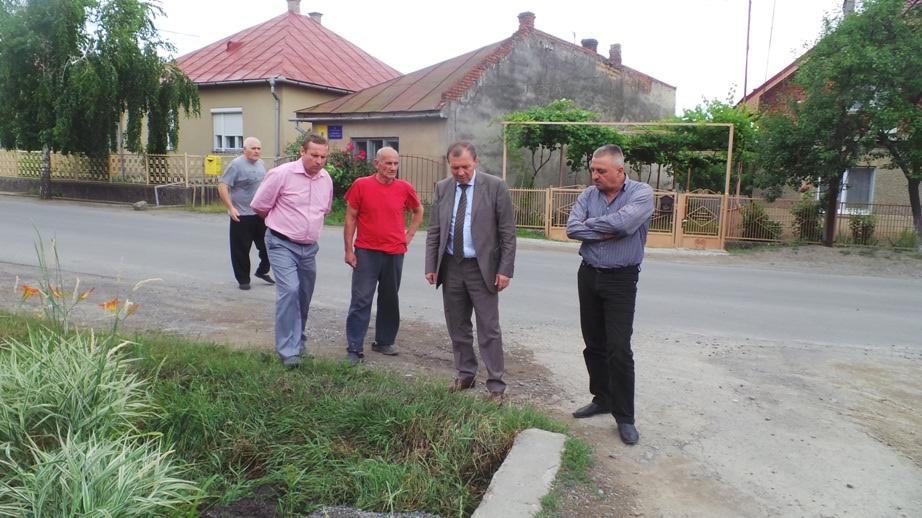 Мікрорайон Горяни, який добряче підтопило під час останньої зливи, відвідала влада Ужгорода