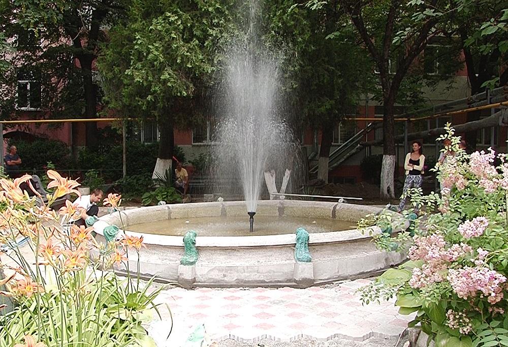 В Ужгороді відкрили фонтан, який не працював 21 рік