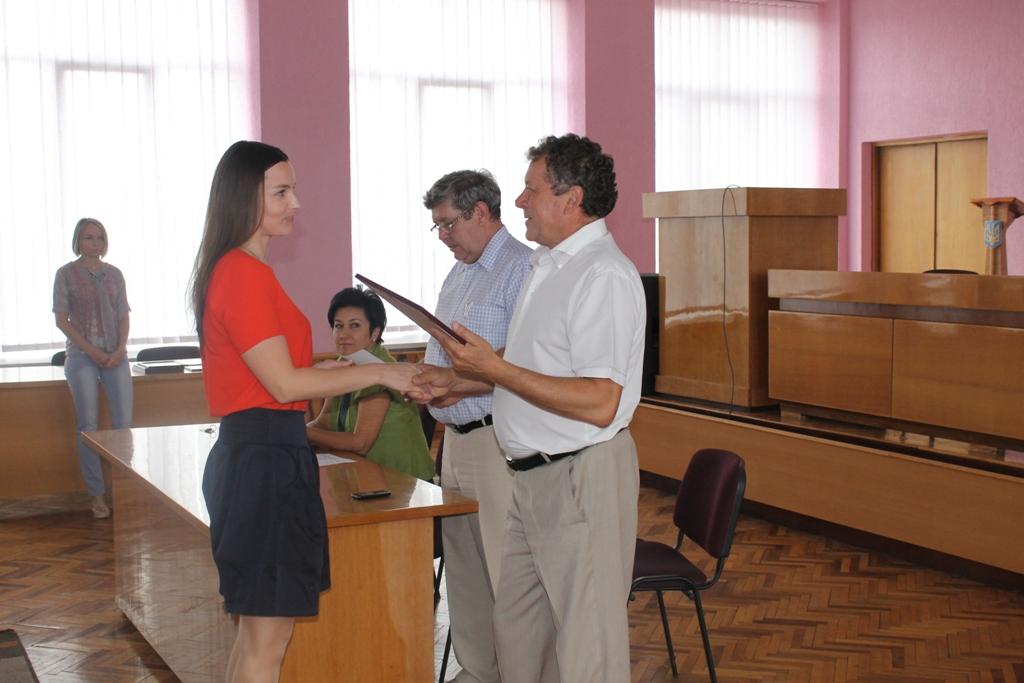 Виноградівських держслужбовців привітали з професійним святом