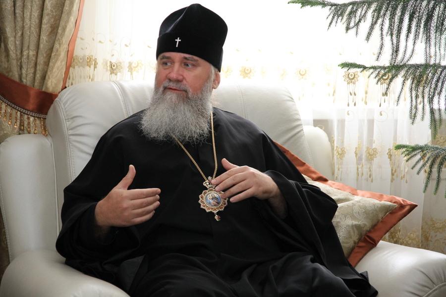 """Арієпископ Феодор: """"Заяв від духовенства - ані усних, ані офіційних письмових - про перехід общини чи монастиря не надходило"""""""