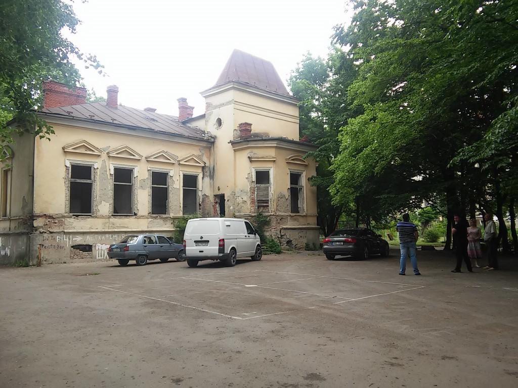 Мукачівські депутати дали старт реставрації Палацу Ковнера