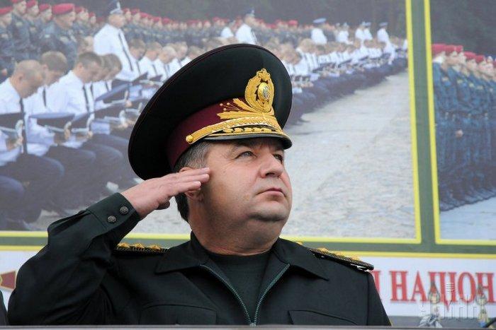 У понеділок на Закарпаття прибуде глава Міноборони Степан Полторак