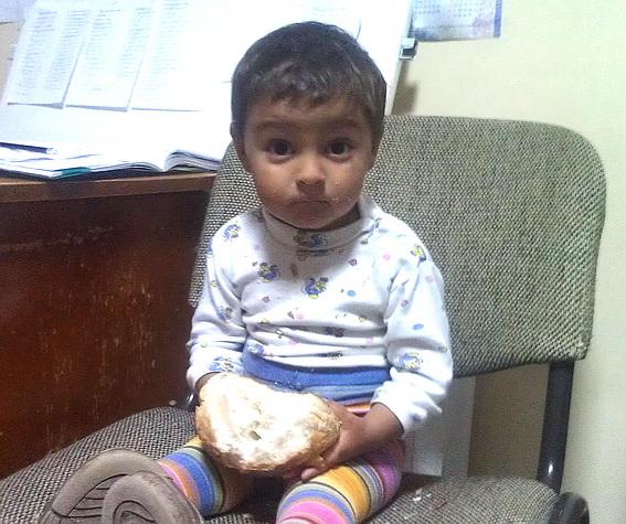 В Ужгороді знайшли покинутого маленького хлопчика