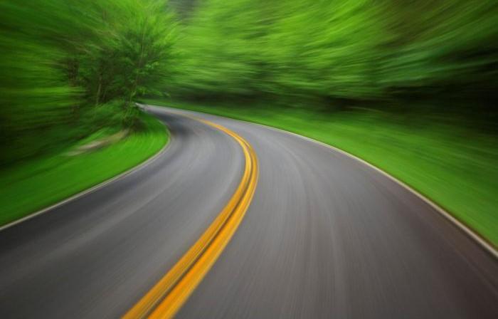 Рух на кільцевих дорогах Ужгорода буде за європейськими правилами