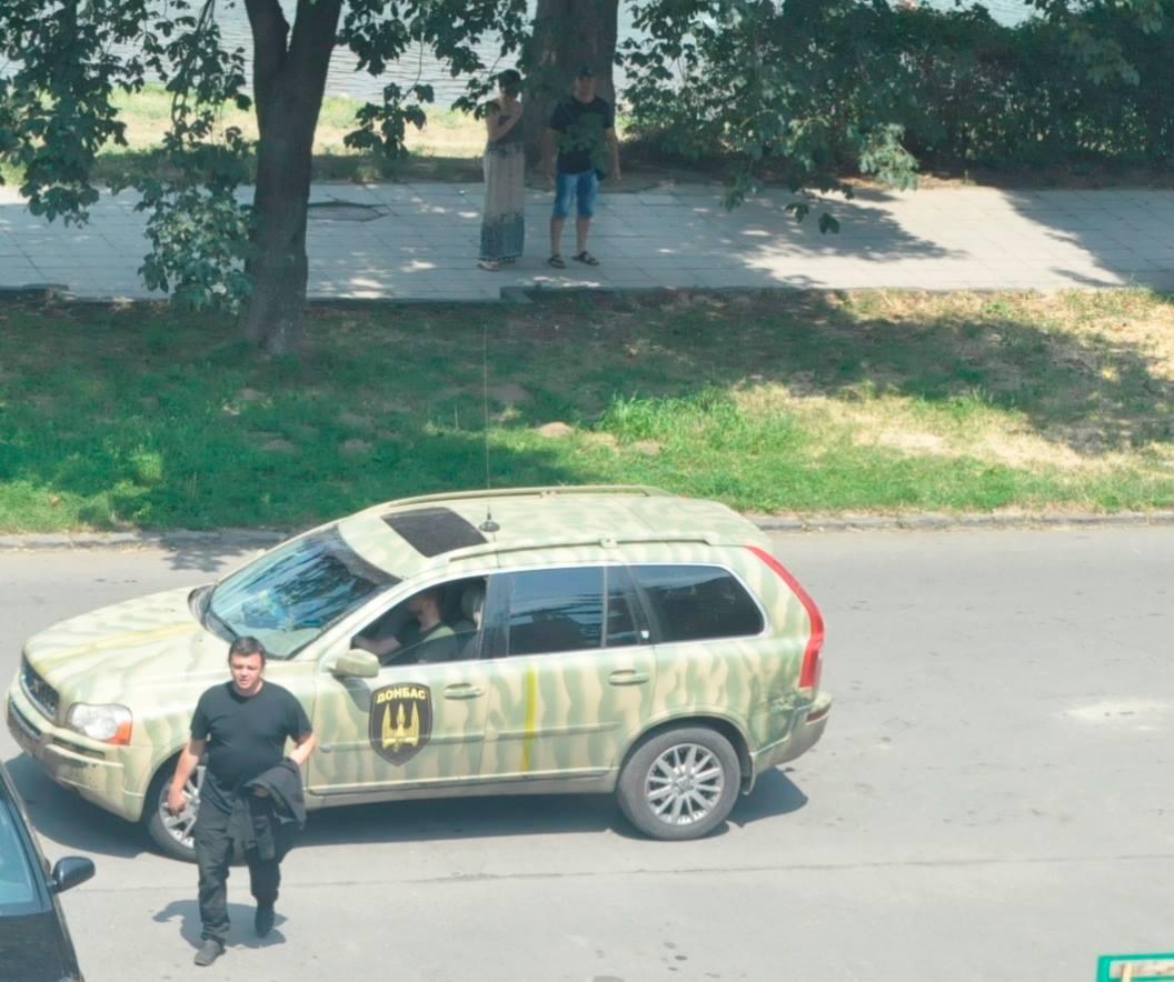 Семен Семенченко перед ефіром на телебаченні зустрівся з главою обласної міліції Сергієм Шараничем