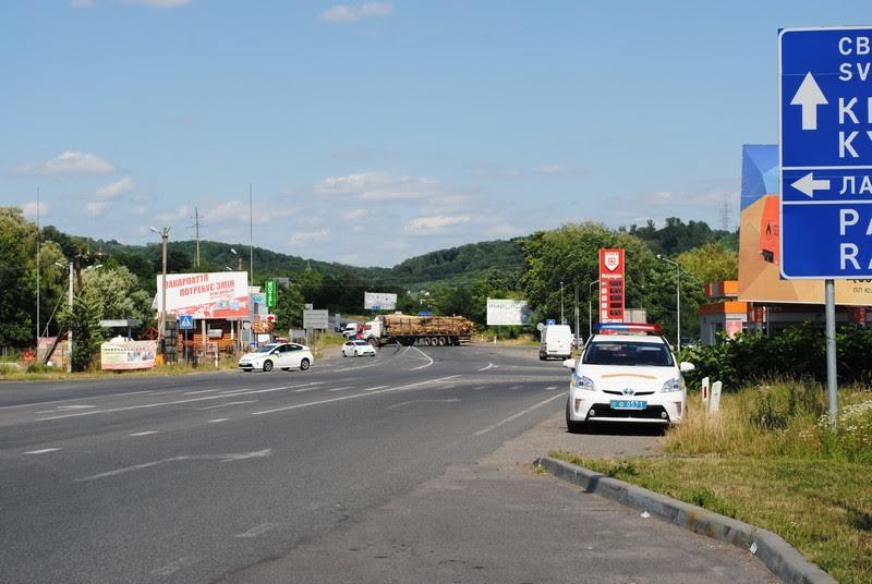 Злочинцям запропоновано здатися, інакше буде застосовано силу, – Аваков про події у Мукачеві