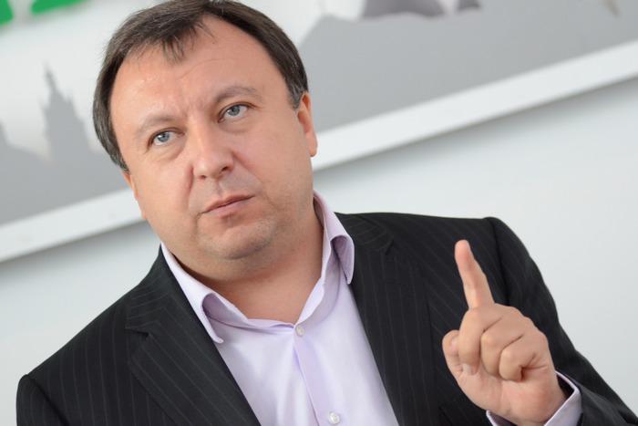 """У Закарпатті є """"своя"""" армія, своя церква, свої """"русини"""", – Княжицький провів паралелі Закарпаття та Донбасу"""