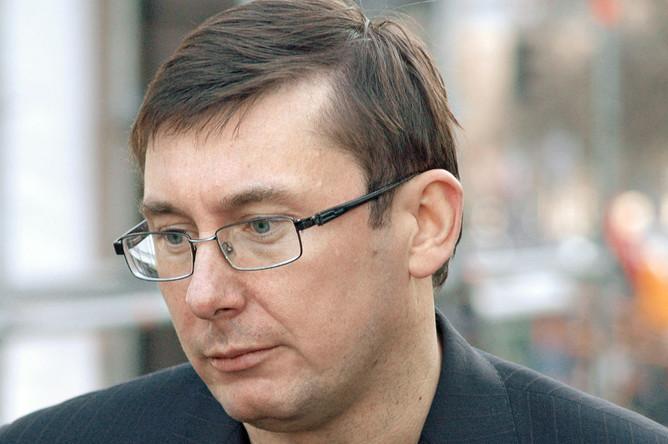 Стрілянина в Мукачеві була організована професійними бандитами, – Луценко
