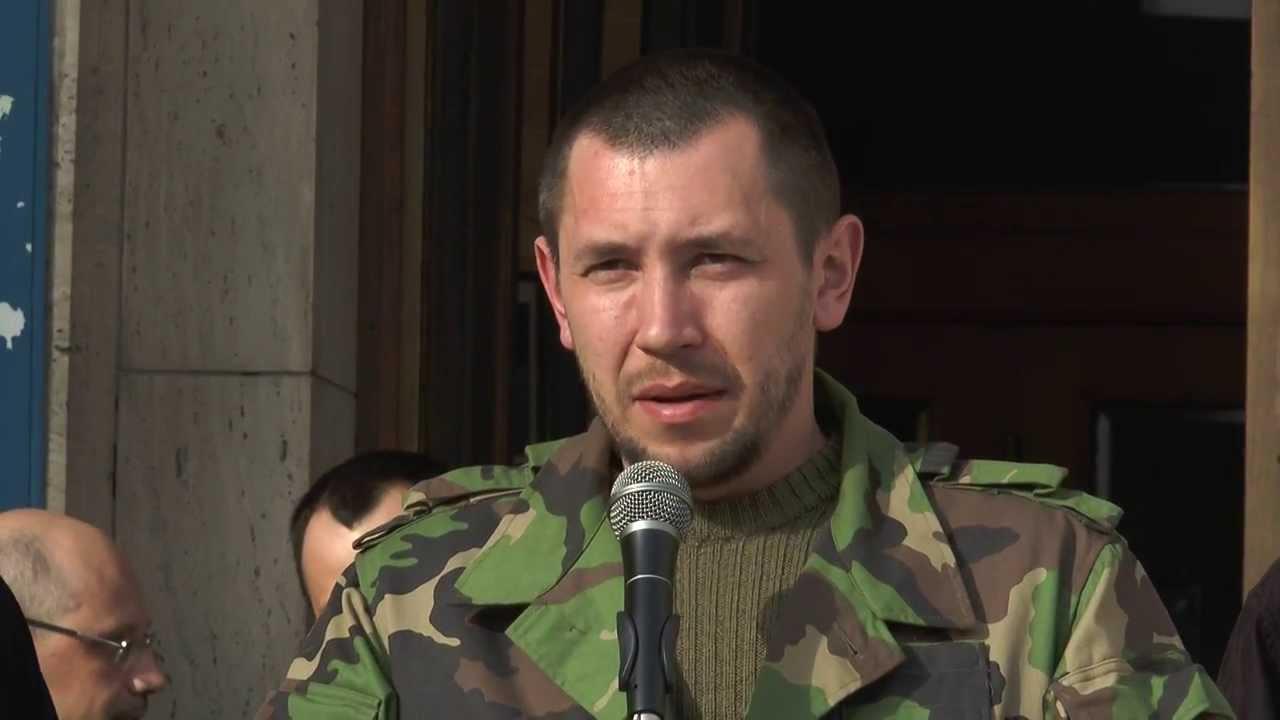 """Лідер закарпатського """"Правого сектору"""" каже, що на зустрічі в """"Антаресі"""" було більше сотні бійців Ланя"""