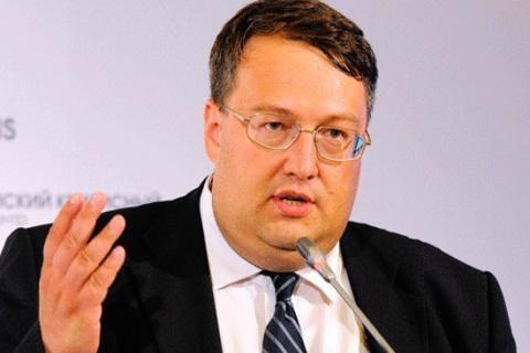 Я не вірю жодній зі сторін конфлікту в Мукачеві, - Геращенко