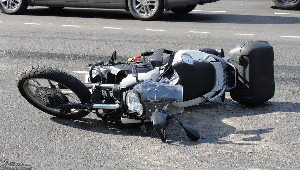 На Тячівщині мотоцикліст зіткнувся з автомобілем