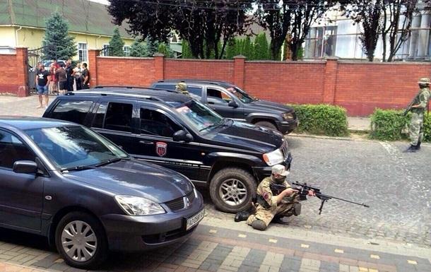 Винні у стрілянині у Мукачеві повинні понести покарання шляхом відправлення на фронт, – депутат