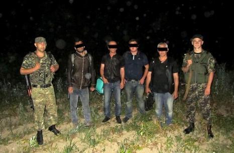 Неподалік Великого Березного затримали чотирьох нелегалів з Грузії