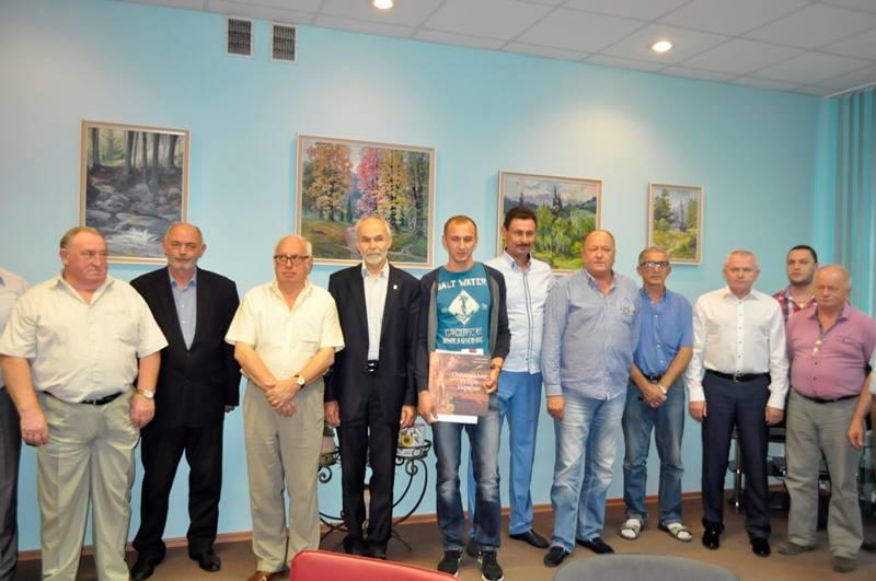 В Ужгороді вітали фехтувальника Анатолія Герея з перемогою на чемпіонаті світу