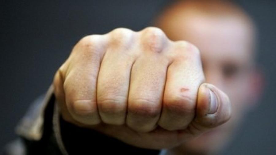 На Хустщині хулігани-контрабандисти побили прикордонника